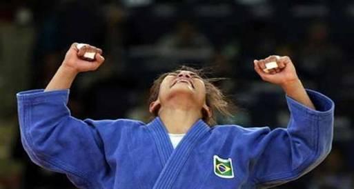 البرازيلية منيزيس تحرزذهبية وزن 48 كيلوجراما بمسابقة الجودو الاولمبية