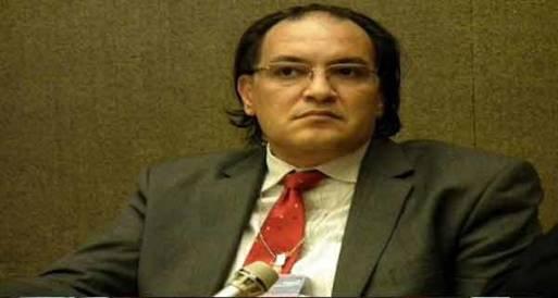 أبو سعدة: هناك من يسعى لكتابة دستوراً لجماعة وليس لمصر