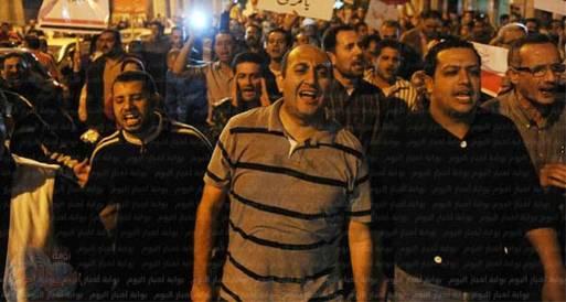 خالد على يطالب الرئيس بالتراجع عن الإعلان الدستوري