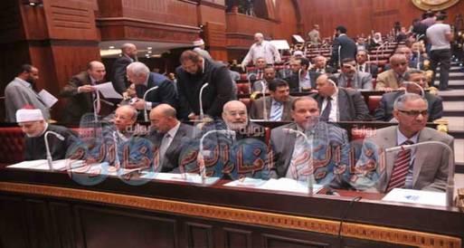 القضاة يعلنون عدم إشرافهم على الاستفتاء قبل إسقاط الدستوري