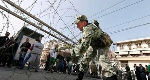 قوات الأمن تفرض سياجا أمنياً حول مجمع محاكم المحلة