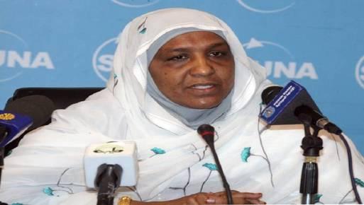 وزيرة التربية والتعليم السودانية سعاد عبد الرازق
