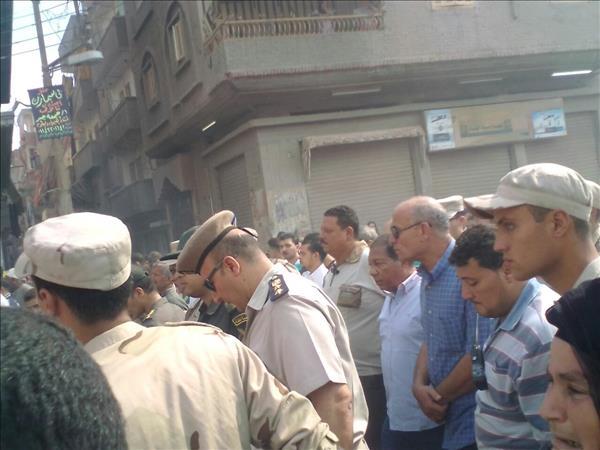 الألاف يشيعيون جثمان شهيد العريش بمسقط رأسه بالمحلة