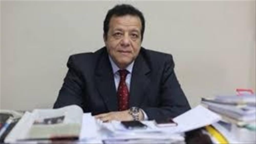 الدكتور عاطف عبد الطيف رئيس جمعية مسافرون للسياحة والسفر
