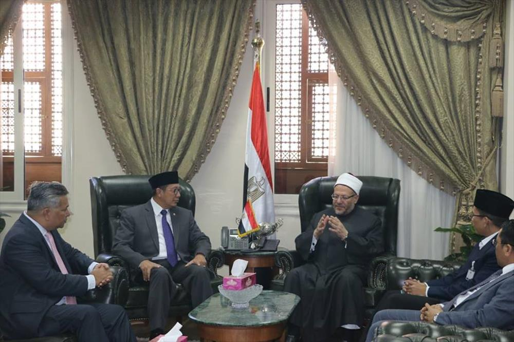 مفتي الجمهورية يستقبل وفدًا إندونيسيًّا لتعزيز أوجه التعاون بين البلدين