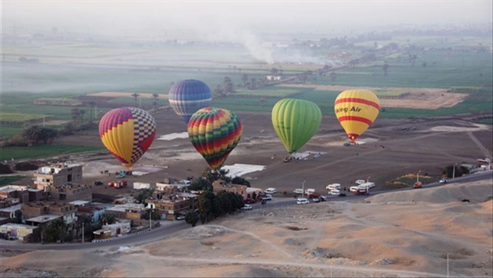 رحلات البالون
