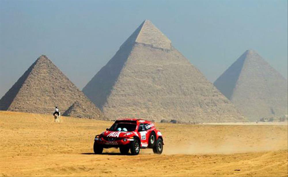 مسابقة رالي القاهرة للسيارات الكهربية