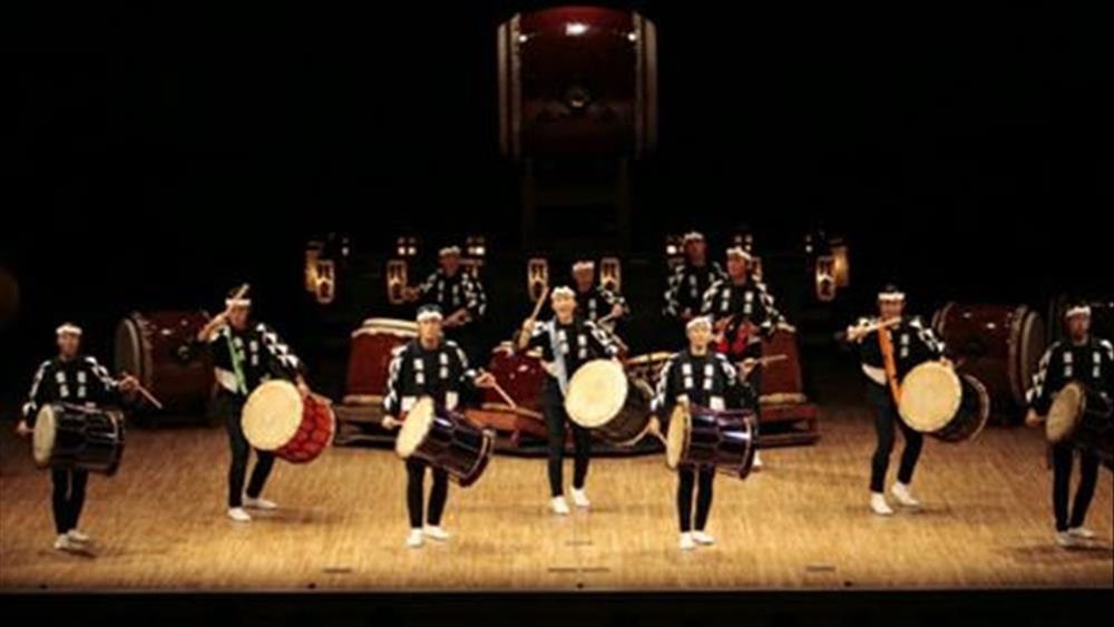 فرقة دقات الطبول اليابانية