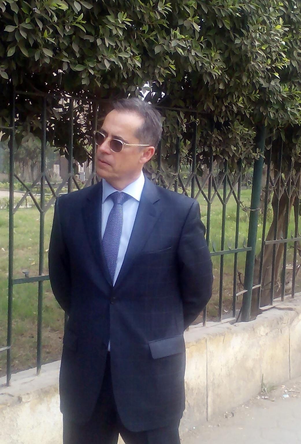 سفير سويسرا خلال جولته في منطقه وسط البلد