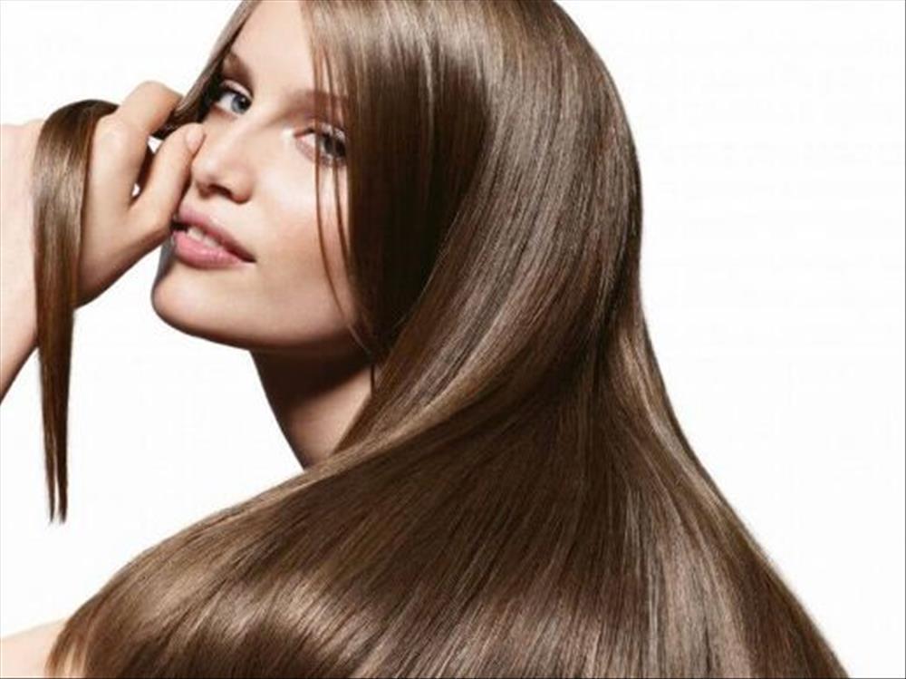 أفضل طريقة لعلاج الشعر المتقصف والمتساقط بعد البروتين