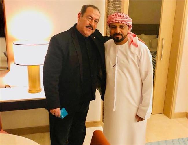 لطفي بوشناق بصحبة خالد راشد مدير العلاقات العامة لمهرجان الفجيرة