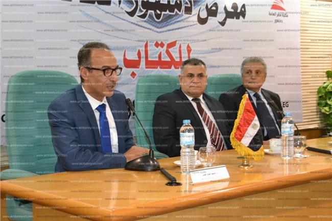 الدكتور هيثم الحاج على رئيس الهيئة المصرية العامة للكتاب