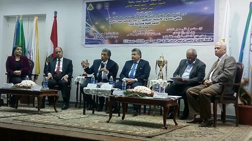 """القاضى فى ندوة """" المشروعات القومية العملاقة بهندسة شبرا """" :"""