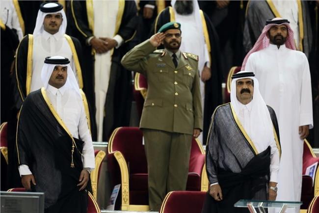 أميرا قطر الحالي والسابق