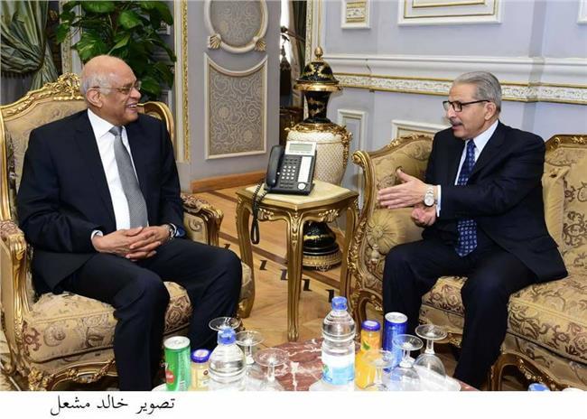 الدكتور علي عبد العال مع السفير القطان