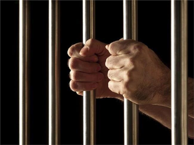 السجن المشد 6 سنوات لضابط الشرطة اللص بالشرقية