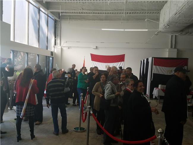 المصريون يصوتون في الانتخابات الرئاسية بلوس أنجلوس