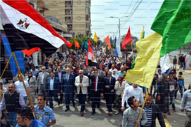 مسيرة بالقليوبية فرحة بفوز الرئيس السيسي