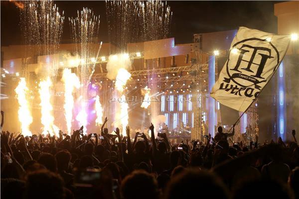 حفلة تامر حسني بجامعة بدر