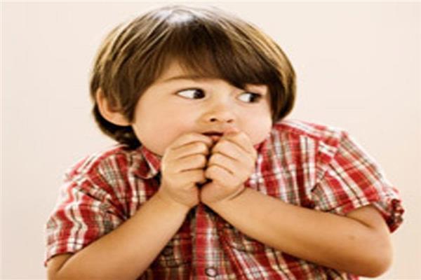 مشكلة الخوف لدى الطفل