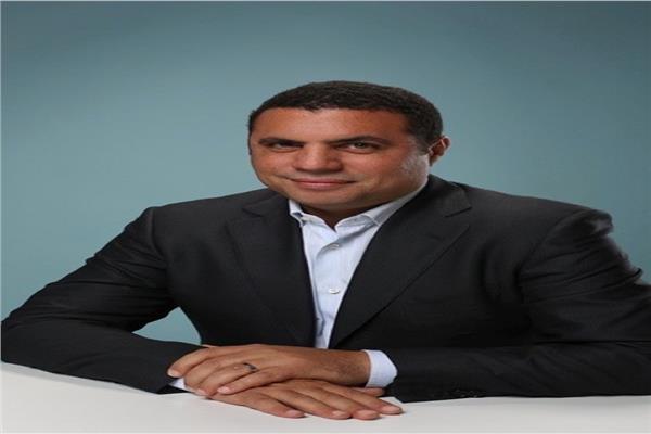 هشام أكرم