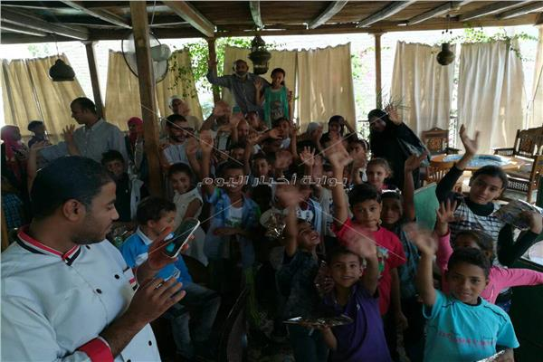 """جمعية تنمية المجتمع بالبعيرات تحتفل بـ""""يوم اليتيم"""" بمشاركة 60 طفلا"""