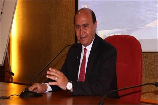 مهاب مميش رئيس الهيئة الاقتصادية لقناة السويس