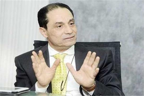 الدكتور سامي عبد العزيزأستاذ الإعلام بجامعة القاهرة