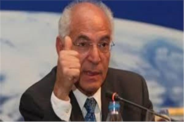 العالم المصري الدكتور فاروق الباز