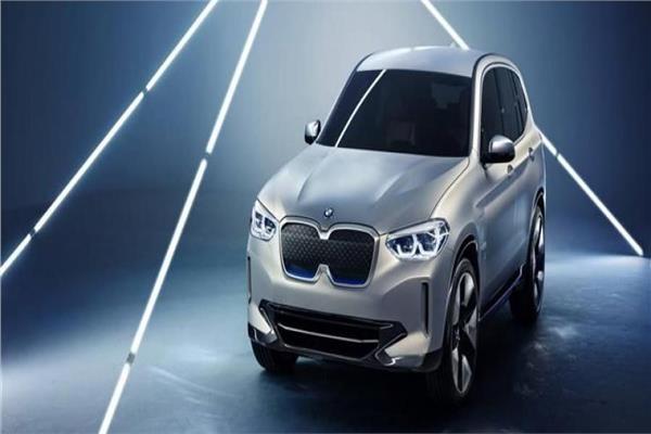 السيارة الكهربائية iX3 الاختبارية