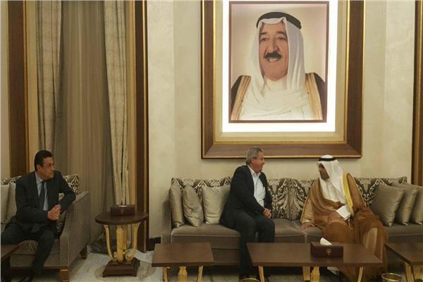 وزير الشباب يصل الكويت لحضور  حفل ختام «الكويت عاصمة الشباب العربي»