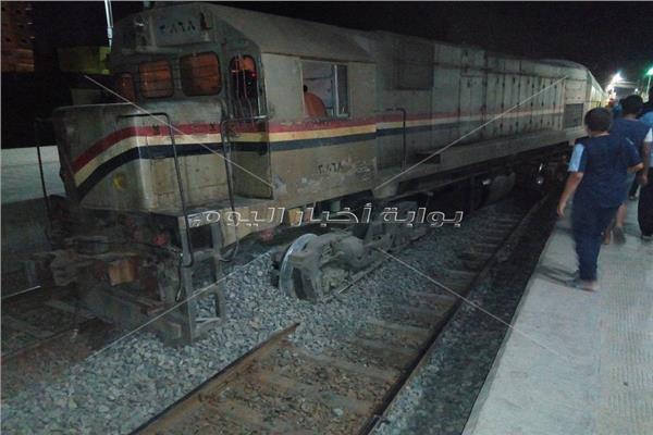 خروج قطار «الزقازيق - طنطا» عن القضبان دون وقوع وفيات
