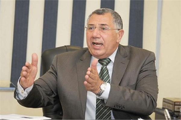 السيد القصير  رئيس مجلس إدارة البنك الزراعى المصرى