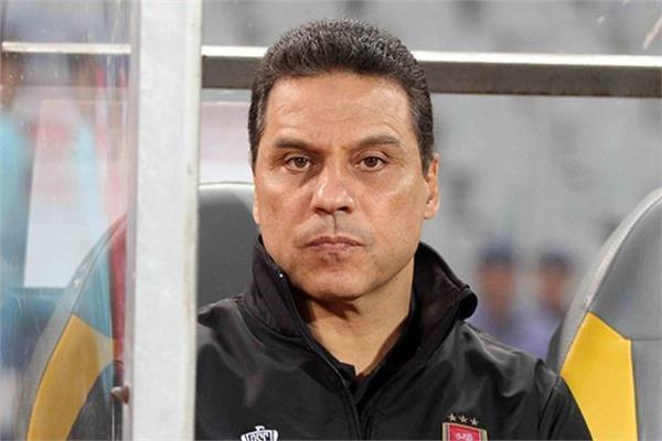 حسام البدري المدير الفني للفريق الأول لكرة القدم بالنادي الأهلي