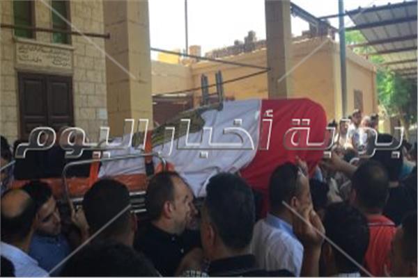 جنازة عسكرية للشهيد عبد المجيد الماحى