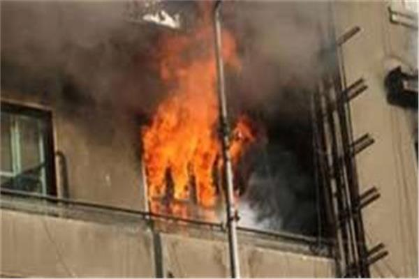 السيطرة علي حريق داخل منزل بالوراق