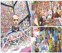 إقبال من المواطنين على شراء الخيامية - تصوير محمد يوسف العناني