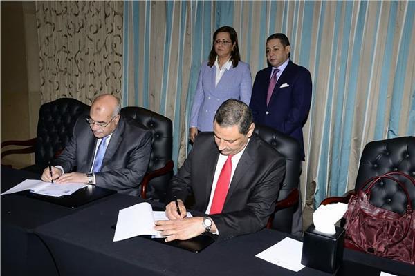 جانب من توقيع بروتوكول التعاون