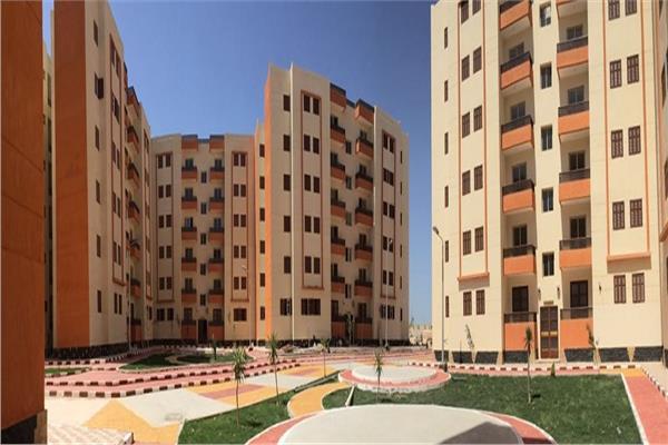 «الإسكان» بيع 79 محلا تجاريا و4 صيدليات و20 وحدة إدارية