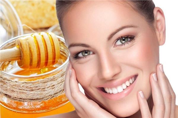 صابون من العسل وزيت الزيتون لترطيب البشرة