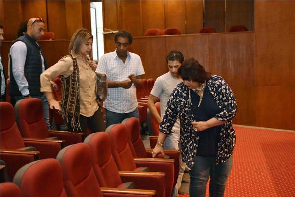 وزير الثقافة تتفقد المركز الثقافي بطنطا