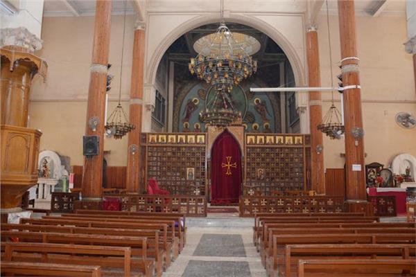 الكاثوليكية تعقد الصالون الثقافي بالمنيا