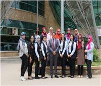 وفد من الشركة المصرية للمطارات يزور مستشفي 57357