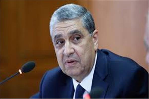 وزير الكهرباء د. محمد شاكر