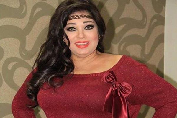 فيديو| فيفي عبده تشجع المنتخب على طريقتها الخاصة
