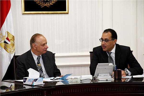 """وزير الإسكان ومحافظ القاهرة يتابعان مشروع إعادة تخطيط """"مثلث ماسبيرو"""""""