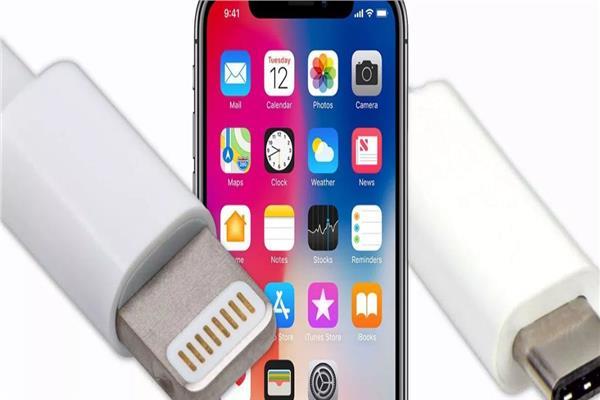 ابل تضيف منفذ USB-C بهواتفها العام المقبل