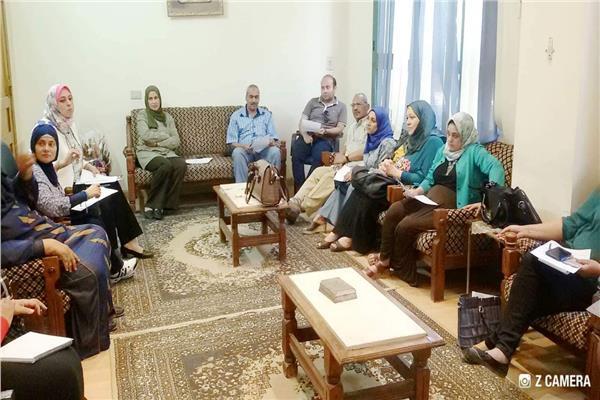القومي للمرأة بالمنيا يناقش توزيع 2285 بطاقة امان خلال اجتماعه الشهري