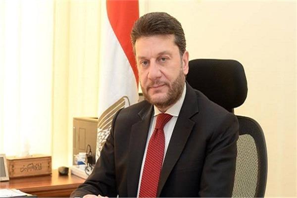 عمرو المنير نائب وزير المالية السابق