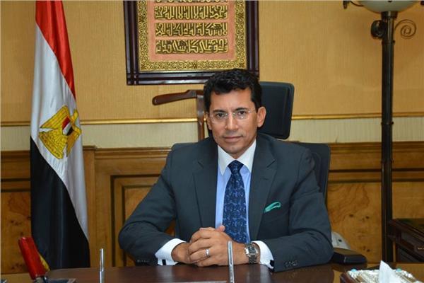 أشرف صبحي يستلم مهام منصبه وزيرا للشباب والرياضة